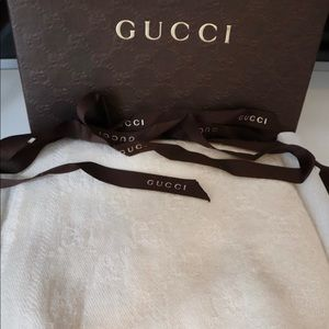 Gucci off white scarf